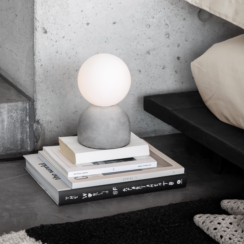 Bordslampa Cement/Opal